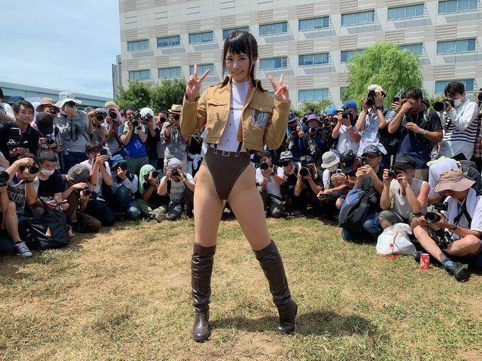 Critican a una cosplayer por hacer una versión sexy de Sasha de Shingeki no Kyojin en la Comiket