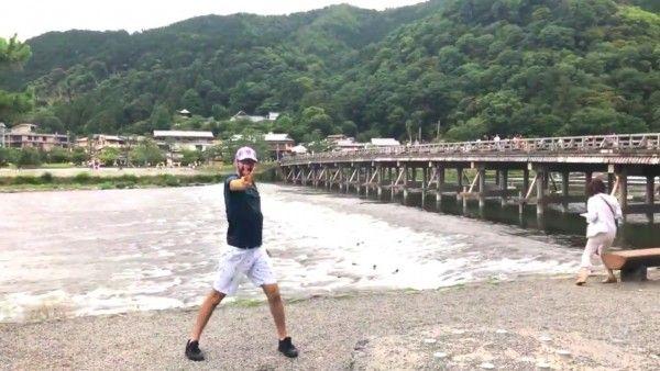 KibaDubs muestra sus vacaciones en Japón bailando a ritmo de Slayers y Naruto